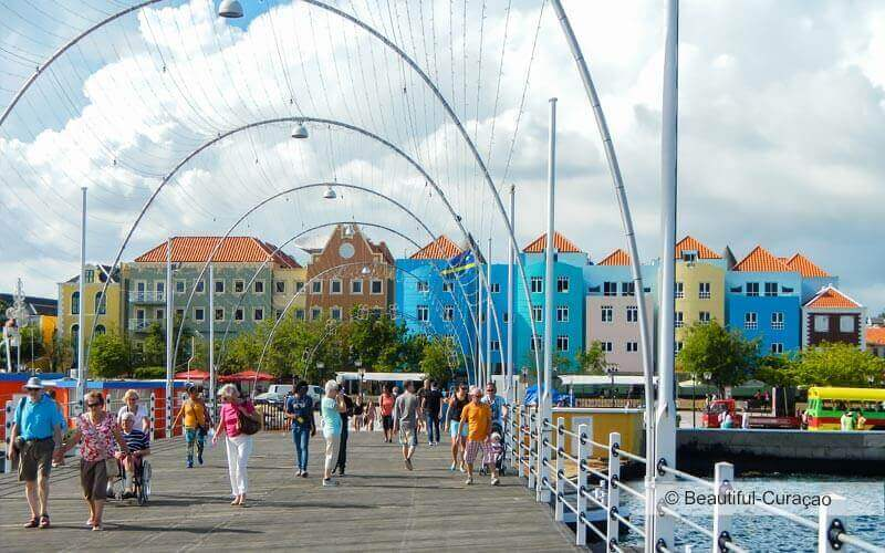 Pondjesbrug in Willemstad